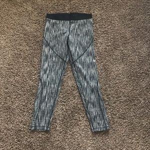 NIKE Hyper-Warm Leggings